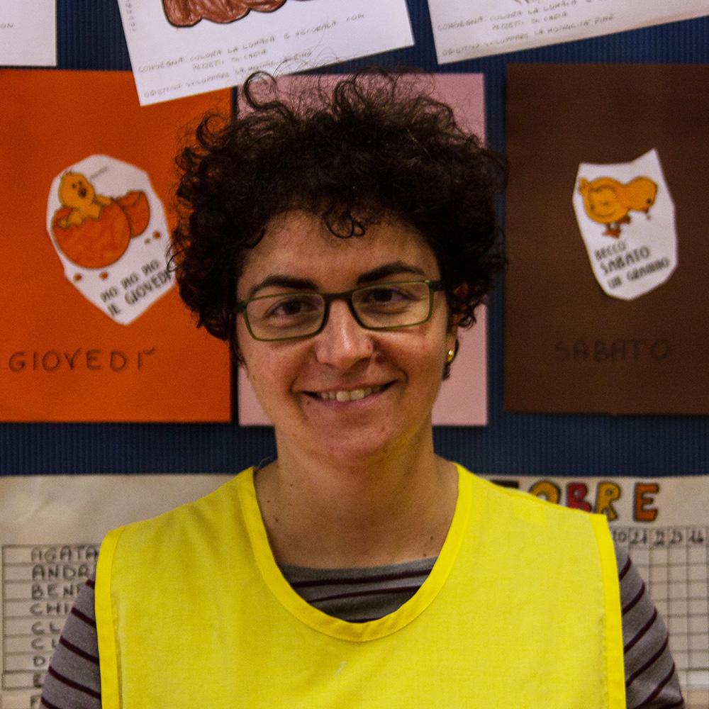 Signora-Eliana-Lubich-Maestra-Titolare-sez.-Gialli2